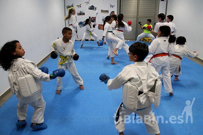 Más de diez años de Karate en Antigua posiciona el municipio en el podio regional y nacional