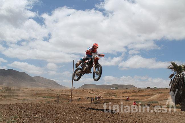 La II Prueba del Campeonato Regional de Motocross en el Circuito de Los Alares ofreció altos vuelos