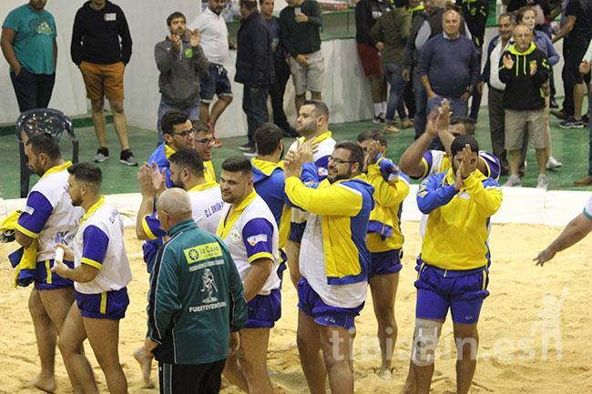 Un gran Gáldar acaba con la imbatibilidad del Antigua en la Copa