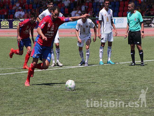 Rosmen jugará el domingo su último partido con la camiseta de la UD Lanzarote