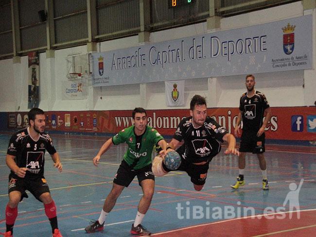 El Ca´Mario Lanzarote San José Obrero lo bordó en el partido ante el Calvo Xiria (27-22)