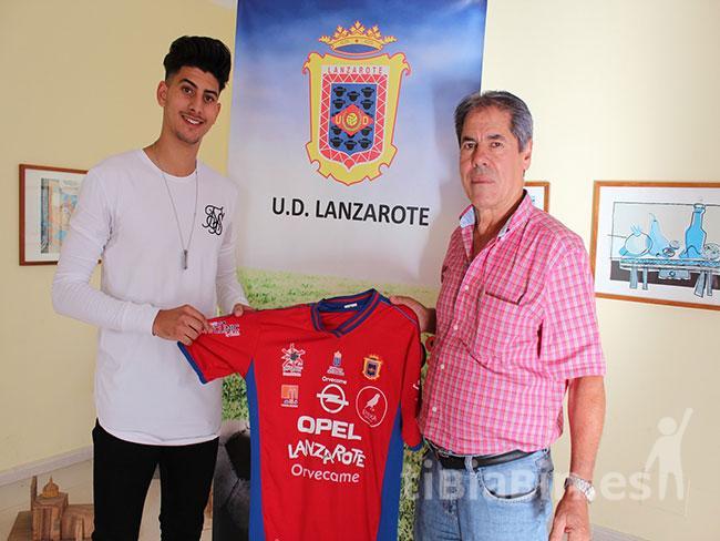 La UD Lanzarote refuerza la banda derecha y la punta de ataque con Rami