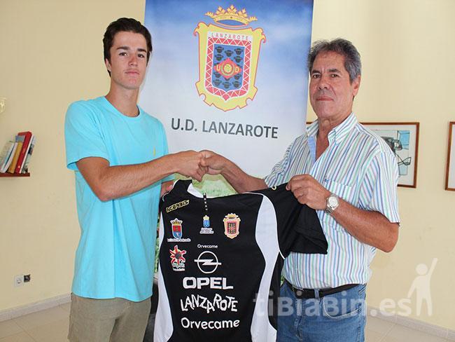 La UD Lanzarote incorpora a su plantilla al joven guardameta Sasha
