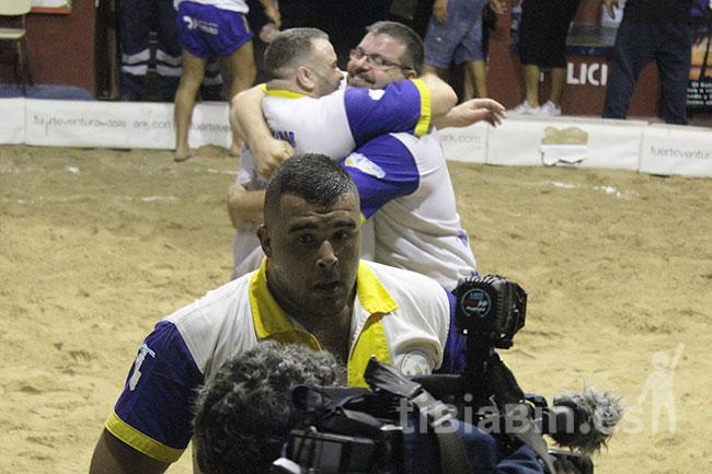 El Gáldar se cuela en la final de la Copa de Fuerteventura tras remontar ante el Saladar
