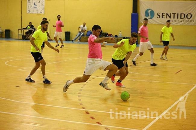 120 personas participan en el Torneo de Fútbol Sala de las Fiestas del Carmen 2017