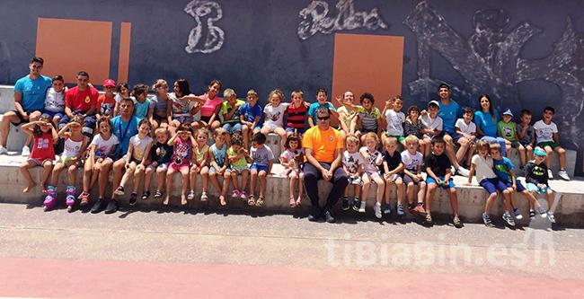 Cursillo de primeros auxilios a los participantes en los Campamentos Deportivos de Verano