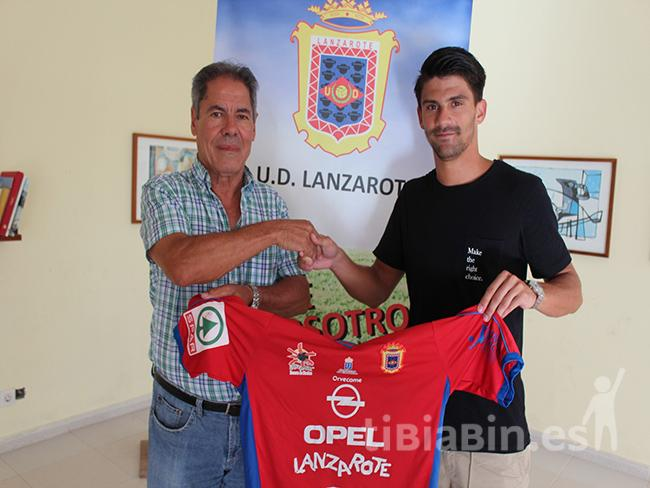 El carrilero Miguel Gómez regresa a la UD Lanzarote para la temporada 2017/2018