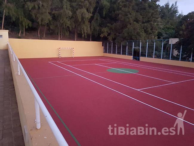 El Ayuntamiento de Pájara mejora las canchas deportivas del CEIP Morro Jable