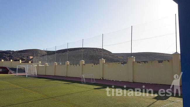 El Ayuntamiento de Pájara ejecuta labores de mejora en el Campo Municipal de Fútbol de La Lajita