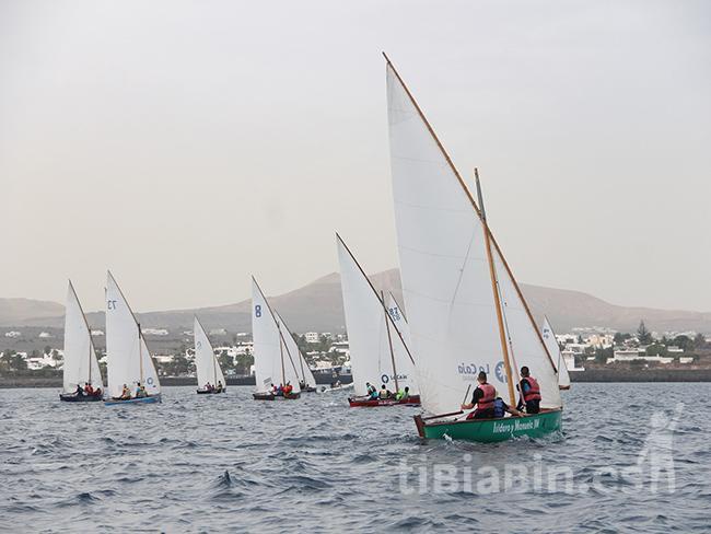 Fuerteventura acoge el Campeonato de Canarias Solidario de Barquillos de Vela Latina