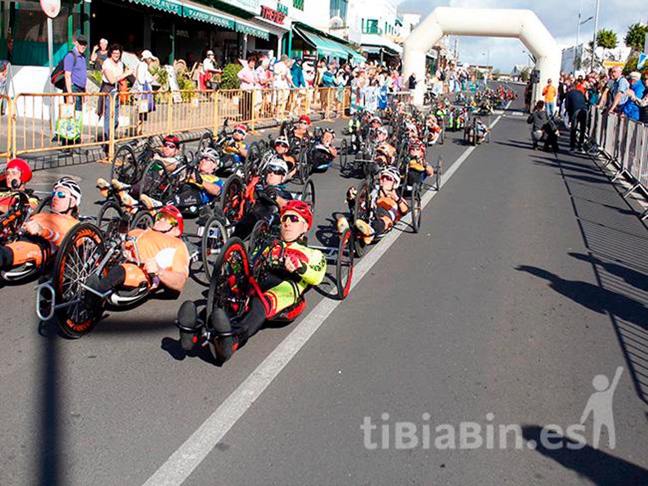 El deporte adaptado el gran triunfador de la Vuelta a Playa Blanca en Handbike