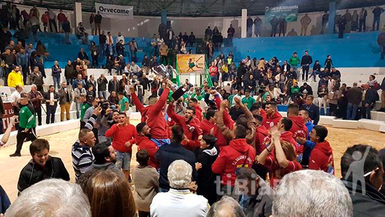 El Ayuntamiento de Pájara felicita al C.L. Saladar de Jandía tras proclamarse campeón de la Liga Cabildo de Fuerteventura