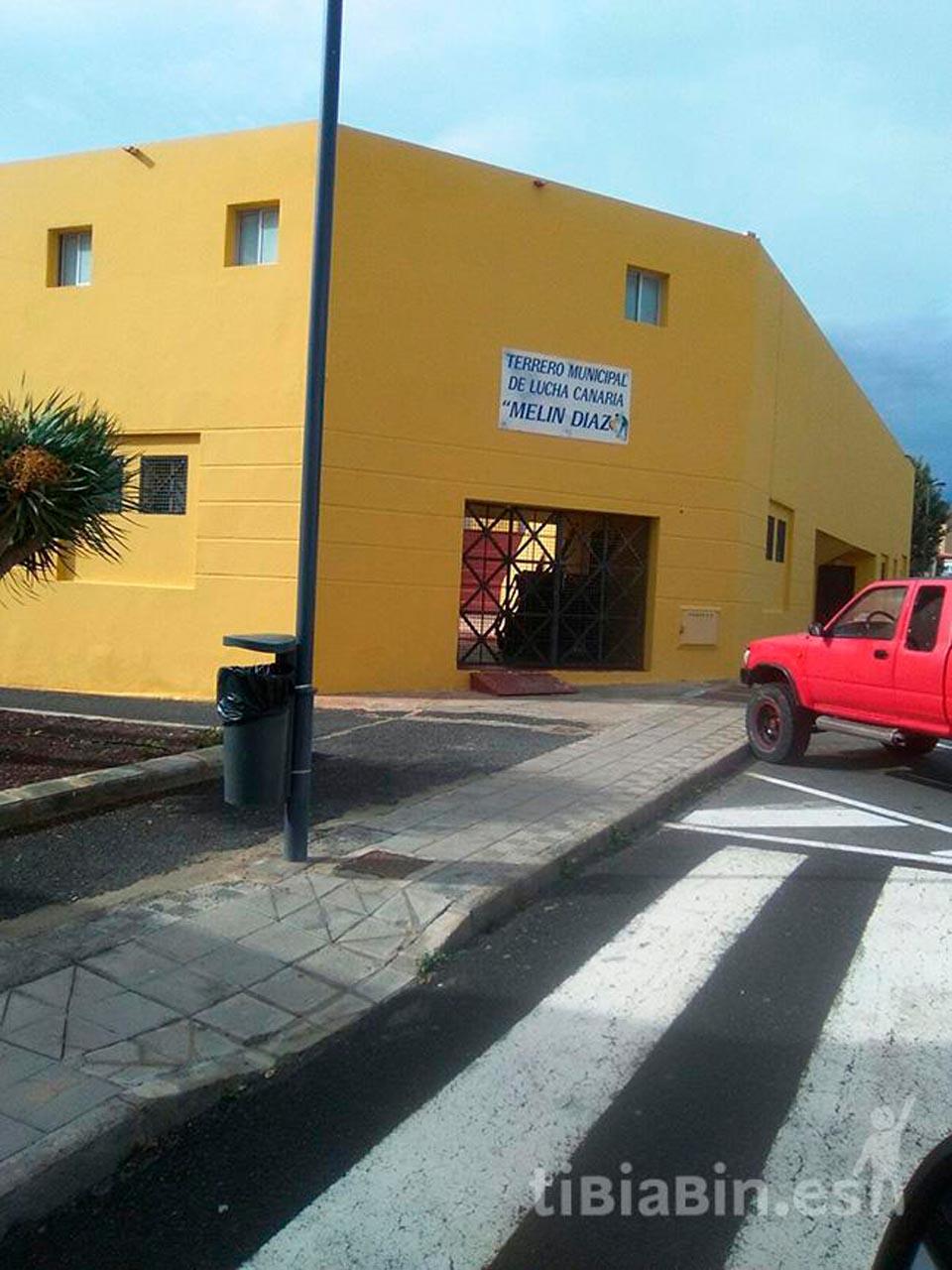 Deportes del Ayuntamiento de Pájara mejora el Terrero Municipal de Lucha Canaria de La Lajita